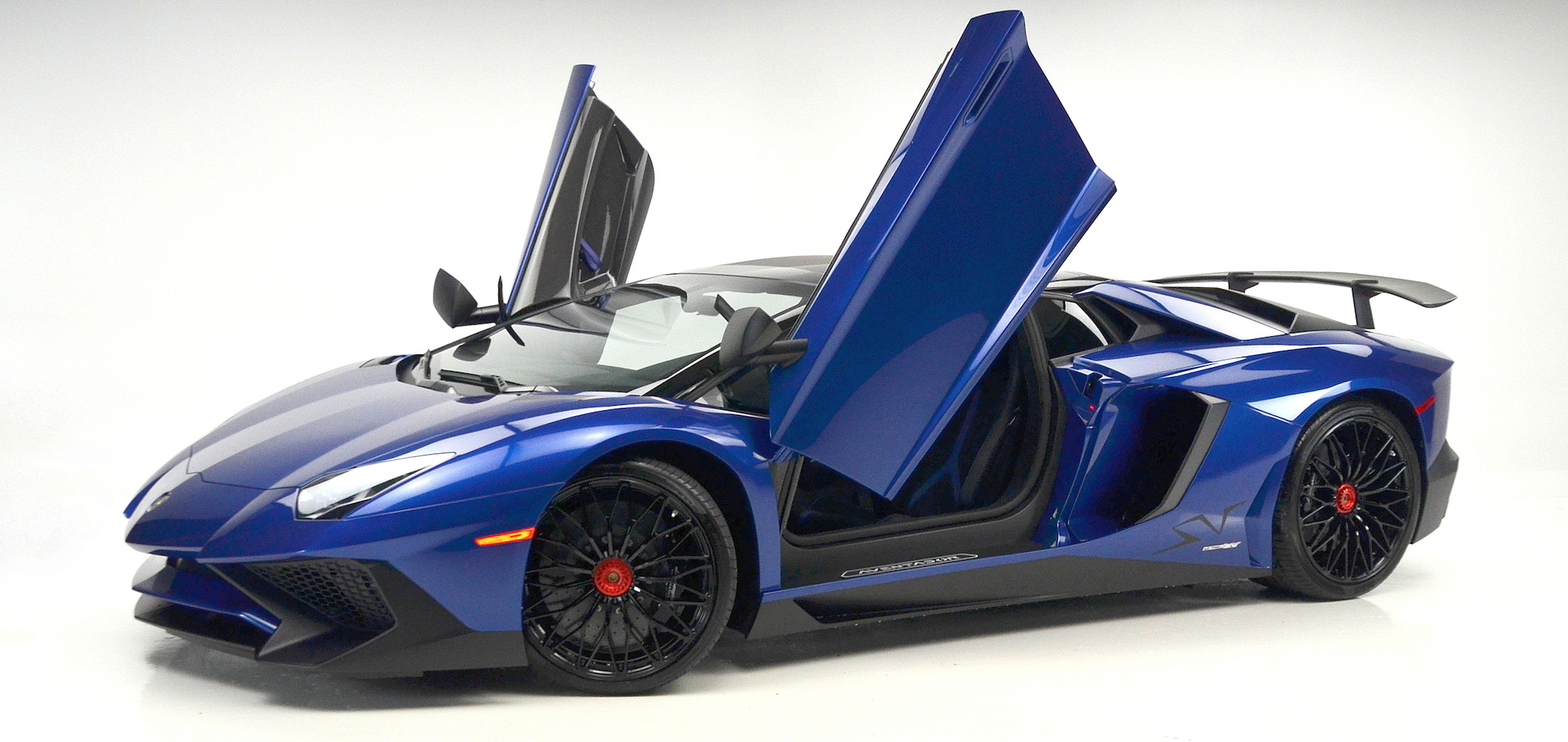 Lamborghini Aventador LP 750-4 Superveloce Roadster makes St. Louis Debut