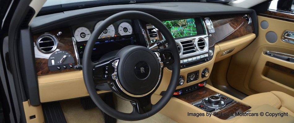 2016 Rolls-Royce Ghost Interior Console