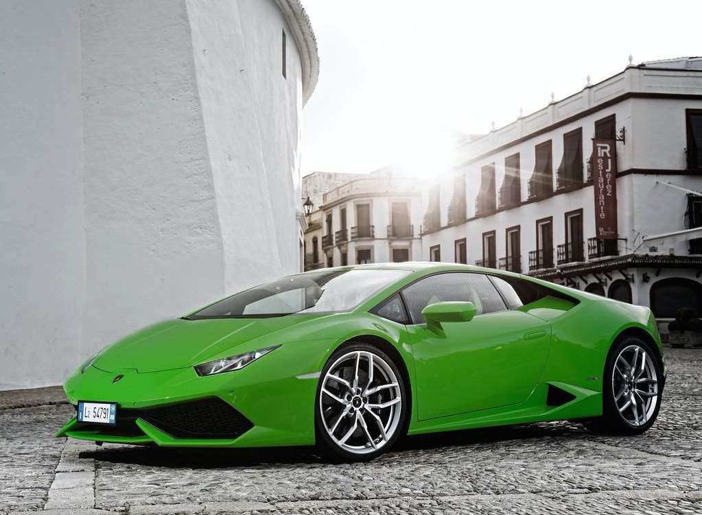 Green Lamborghini Huracan in City Streets