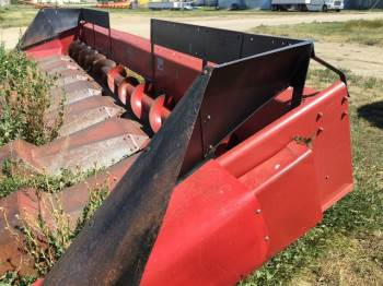 0 CASE IH 1083 CORN HEAD