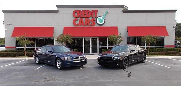 Credit Cars Storefront