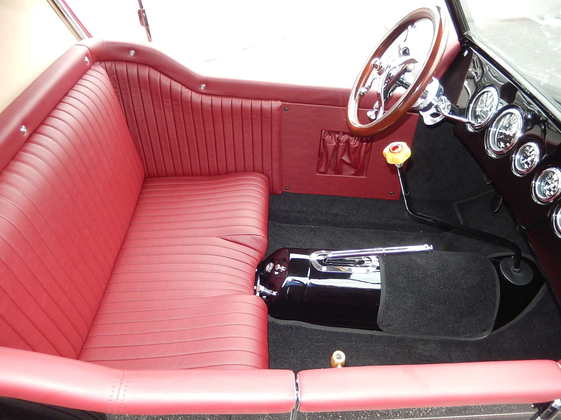 Crosley T Bucket Interior