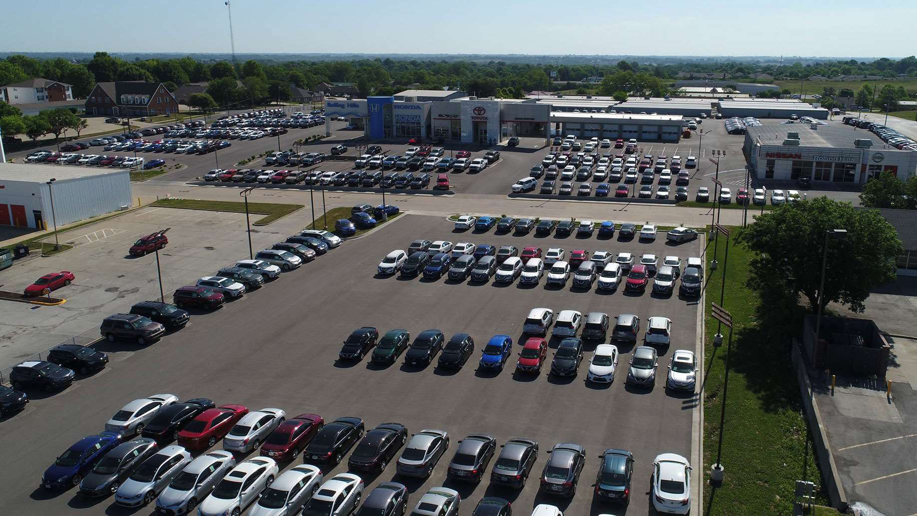 Rolling Hills Auto Plaza Dealership Photo