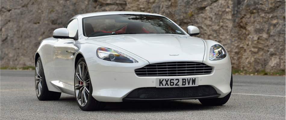 2015 Aston Martin DB9 Frontal View