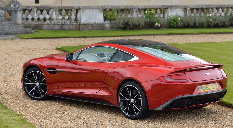 2015 Aston Martin Vanquish Exterior Rear View