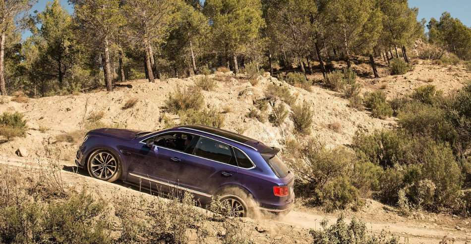 2016 Bentley Bentayga Off-Roading in Mountains