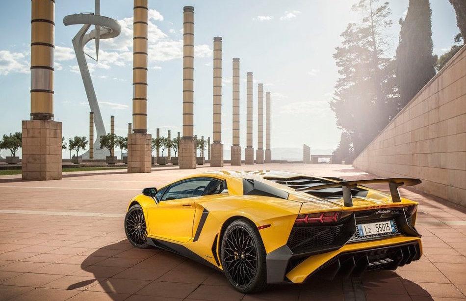 2016 Lamborghini Acentador LP750 Parked