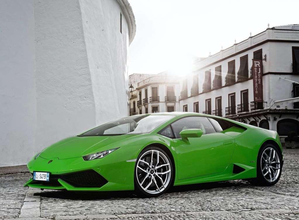 Green Lamborghini Huracan in City Streets