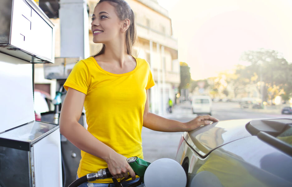 Vern Eide Motorcars Tips for More Fuel-Efficient Driving Hero Image