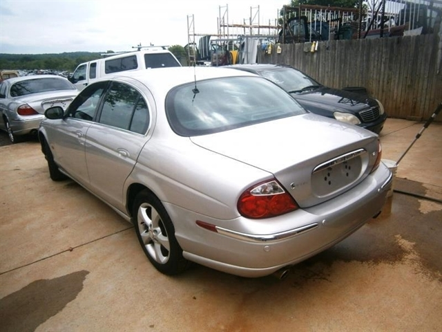 2003 Jaguar S TYPE 4.2 4dr Sedan