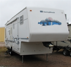 2002 SUNNYBROOK (SUPER NICE!!) CLEAN 5TH WHEEL M-31BW-F