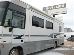2003 WINNEBAGO BRAVE LIKE NEW