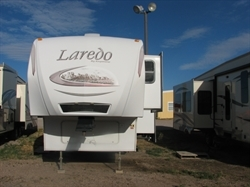2011 KEYSTONE LAREDO M266