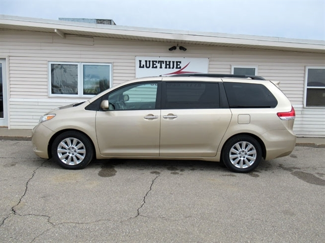 2012 Toyota Sienna For Sale >> Stock Vfr0518 Used 2012 Toyota Sienna