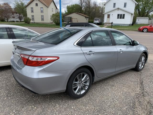 Stock 18y102 Used 2015 Toyota Camry Worthington Mn Scholtes Auto