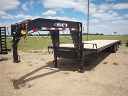 2018 DCT 8.5x34ft GN Whale Tail Flatbed