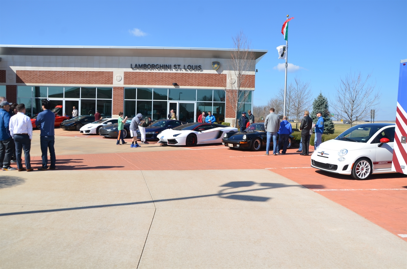 Cars & Coffee - Lamborghini Huracan 580-2 Launch