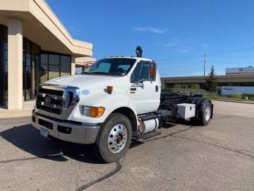 2015 FORD F-750