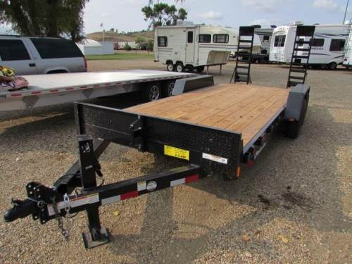 2021 CB FLATBED EQUIPMENT TRAILER