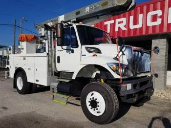 2008 INTERNATIONAL 7300 4x4 L42A  47FT Over Center Bucket Truck