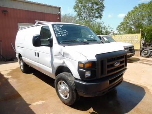 2014 Ford Econoline E-350 SD Cargo Van