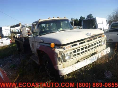1965 Ford F700