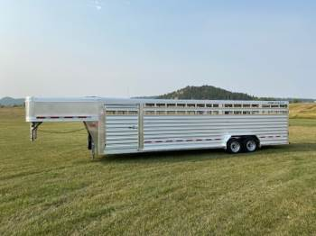 "2021 FEATHERLITE 8127 Stock Trailer 7FT6""X30FT"