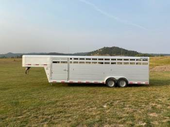 "2021 SOONER 7FT.6""X28FT Stock Trailer"