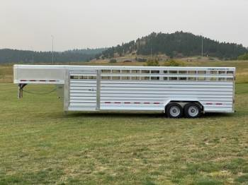 2021 SOONER 7.6X30 STOCK TRAILER