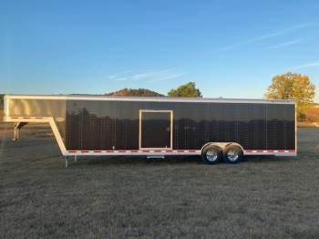 2013 FEATHERLITE 4941 Enclosed 8.6X30FT Gooseneck Car Trailer