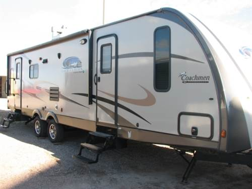 "2015 FOREST RIVER COACHMEN ""LIKE NEW""!!"
