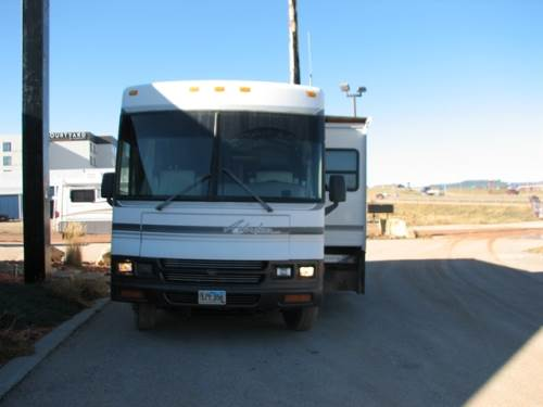 2000 WINNEBAGO ADVENTURER M-37G
