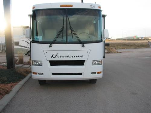 2008 FOUR WINDS HURRICAN TOY HAULER