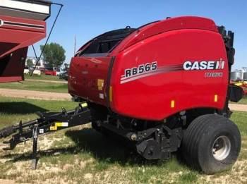 2020 CASE IH RB565