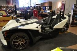 2018 POLARIS SLINGSHOT T18AAPFAAW