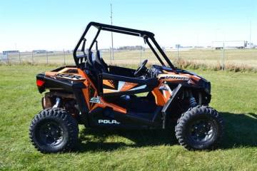2017 POLARIS® RZR® S 1000 EPS SPECTRA ORANGE