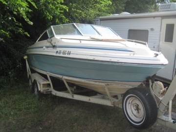 1985 SEA RAY 210 OVERNIGHTER