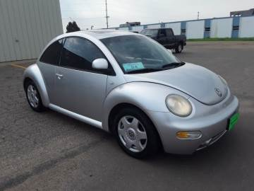 2000 VOLKSWAGEN NEW BEETLE COUPE