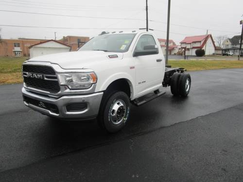 2020 RAM CHASSIS CAB