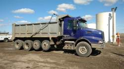 1999 FREIGHTLINER BUSINESS CLASS M2 112V