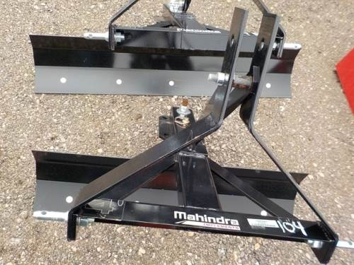 1900 MAHINDRA 4FT SLIDER BLADE