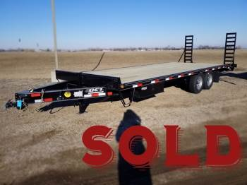 "2019 DCT 102""x24ft Deckover Beavertail w/Fold-Up Ramps SOLD"